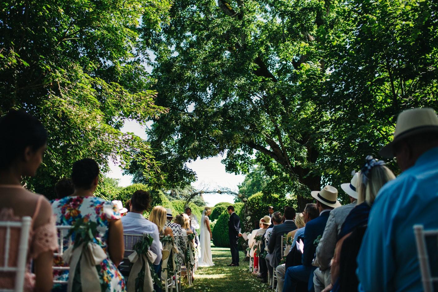 chateau de la bourlie outdoor ceremony