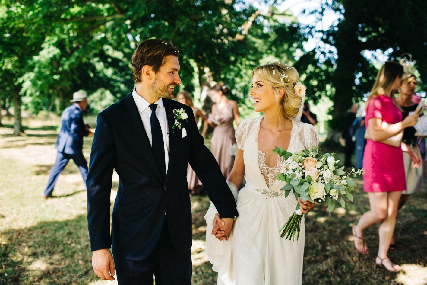 dordogne wedding couple