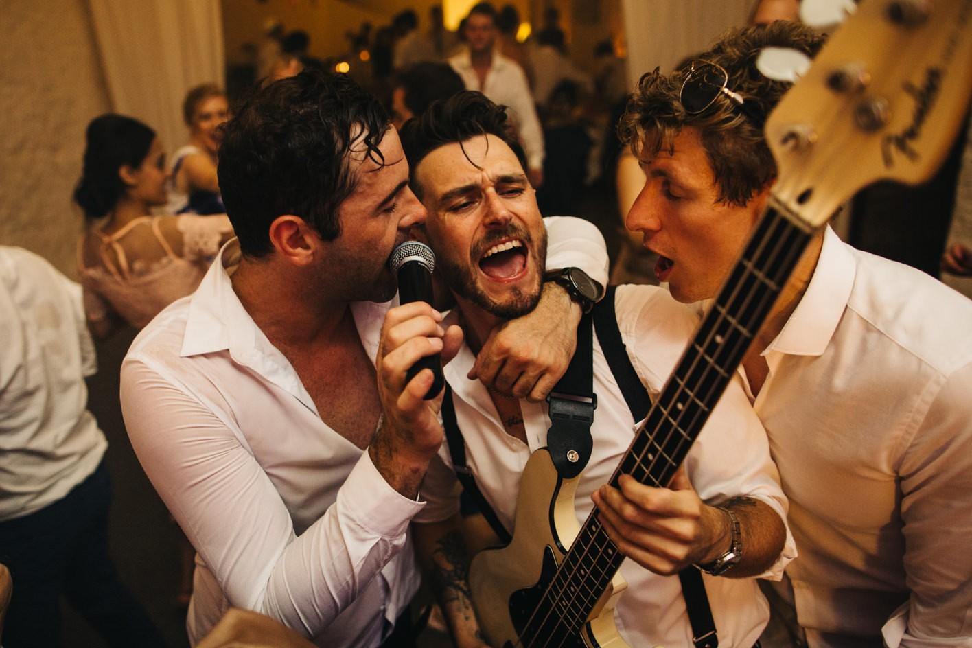 wedding band play on dancefloor