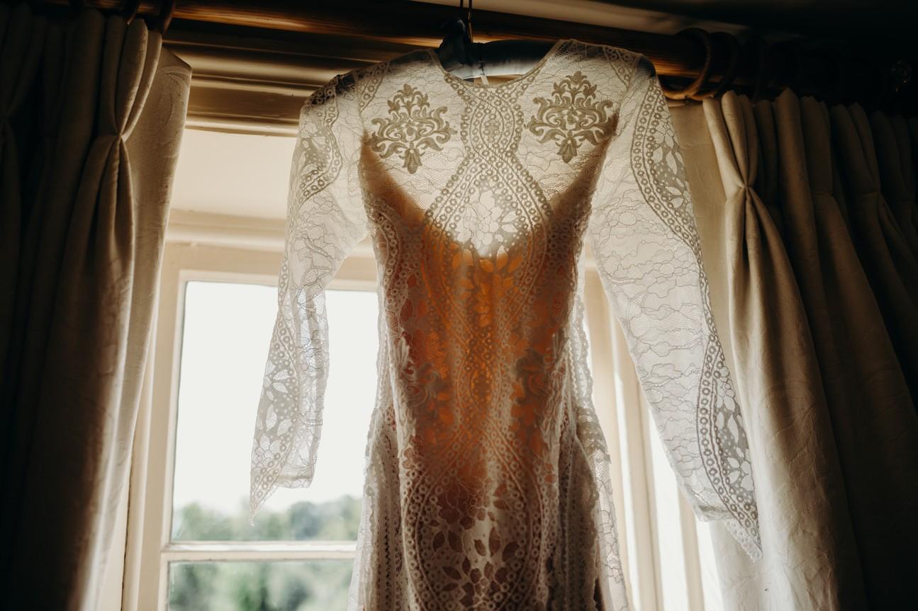 Hampshire Barn wedding in ibthorpe 019