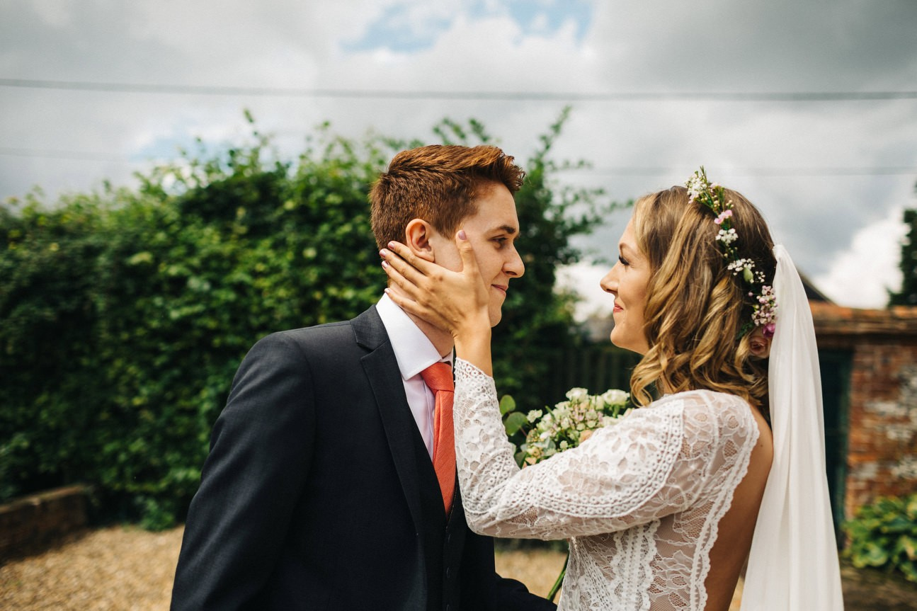 first look at hampshire wedding