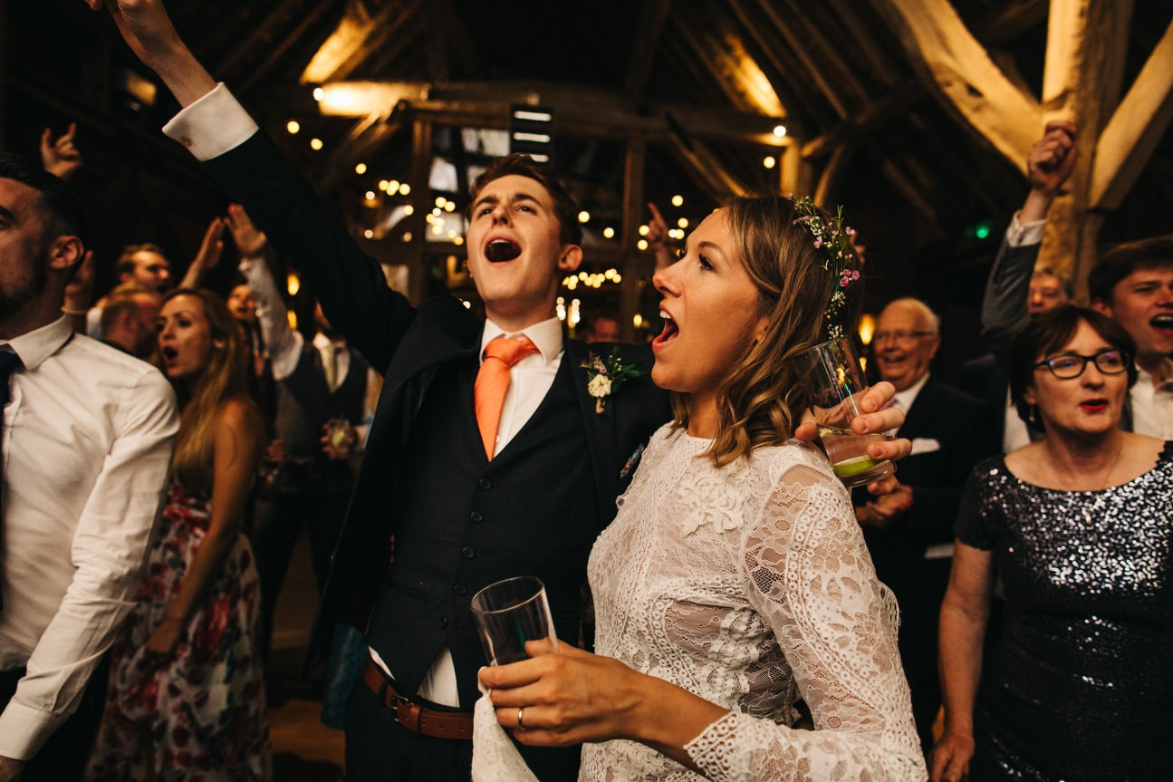 Hampshire Barn wedding in ibthorpe 121