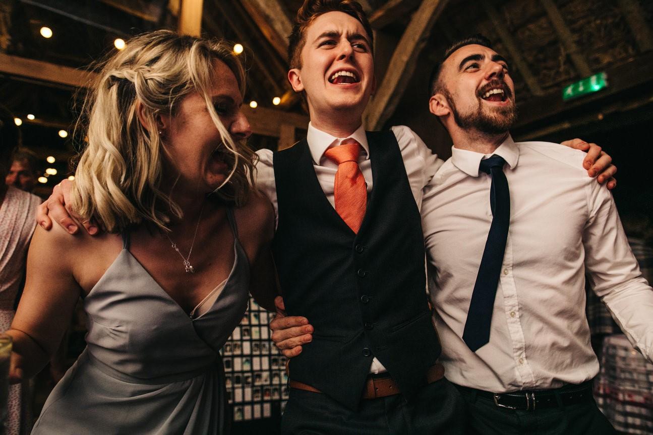 Hampshire Barn wedding in ibthorpe 136
