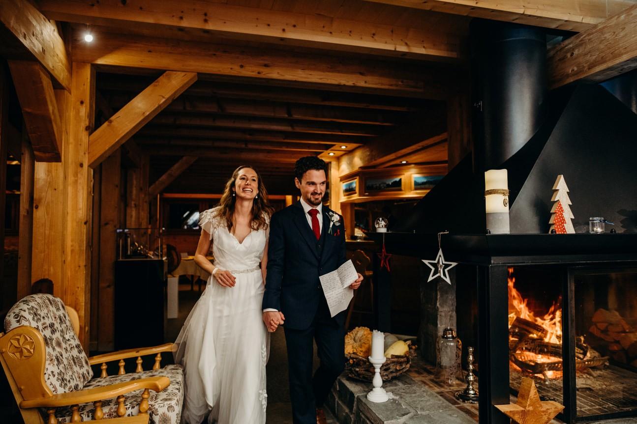 Bride and groom start speeches off