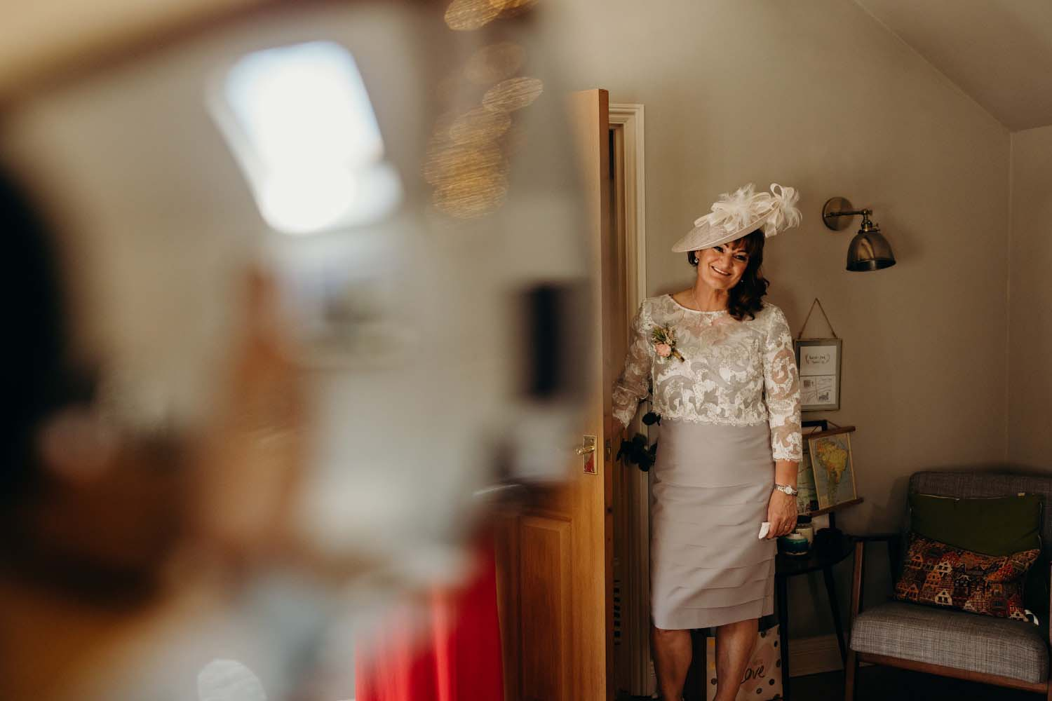 Mother sees daughter in wedding dress