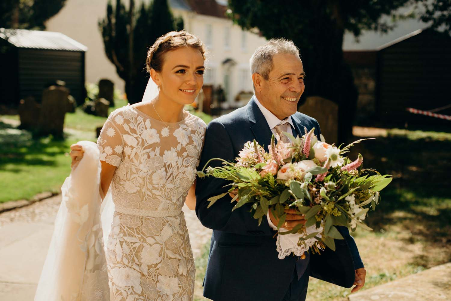 Bride and groom arrive to church