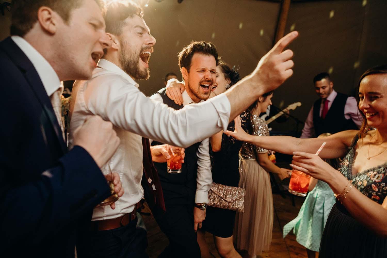 wedding dancefloor antics