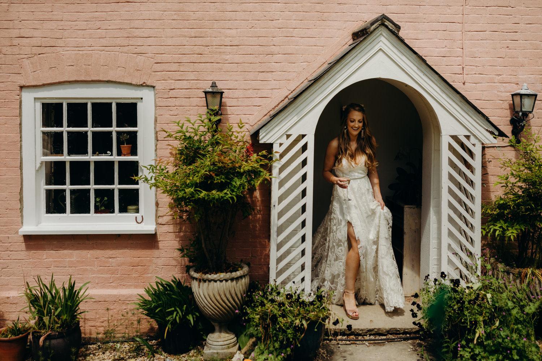 bride in grace loves lace dress
