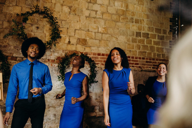 wedding choir sing