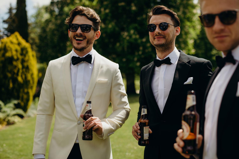 Le mas de montet wedding photographer 020