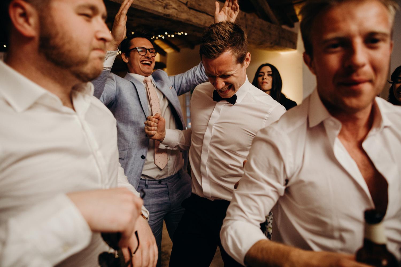 Le mas de montet wedding photographer 127