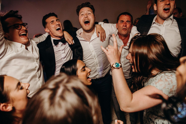Le mas de montet wedding photographer 142