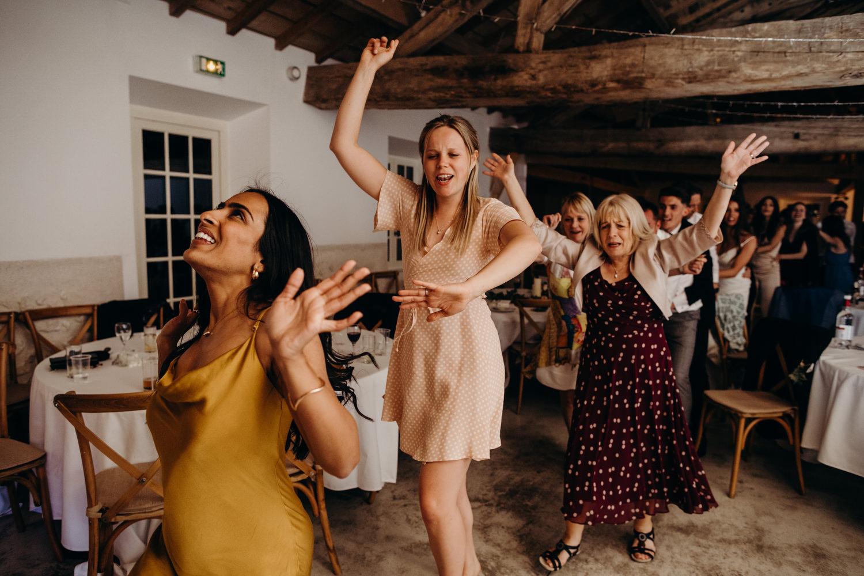 Le mas de montet wedding photographer 156