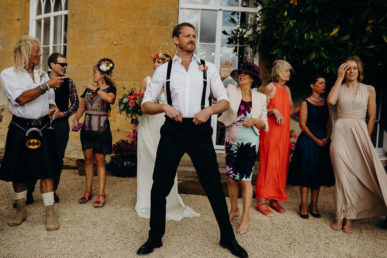 inbetween wedding moments