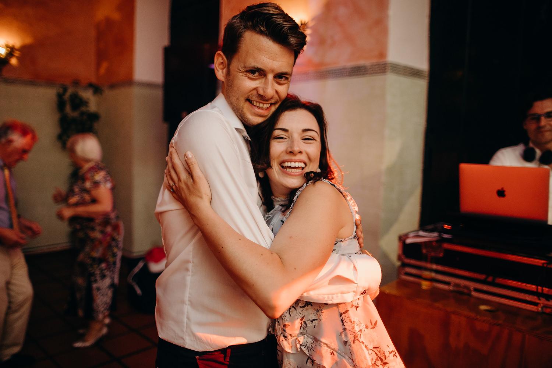 couple hug on dancefloor